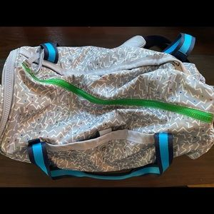 lululemon athletica Bags - Lululemon SEAWHEEZE 2015 duffel